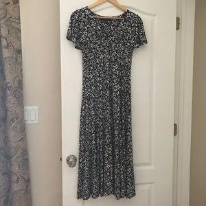 Chaps (Ralph Lauren brand) Dress w/ Flutter Sleeve